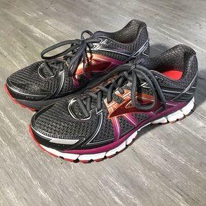 Brooks Grey GTS Seventeen Shoes